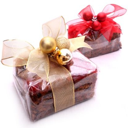 Gift wrapped plum cake 500gm