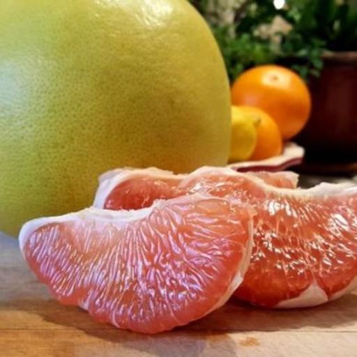 Fresh Peeled PomeloKambili Naranga